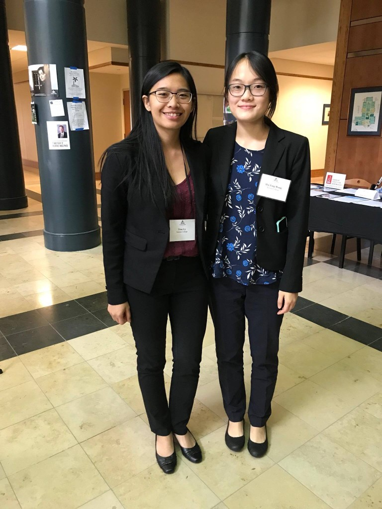 Truc '18 and Hoi Tong '18 after their very successful presentations